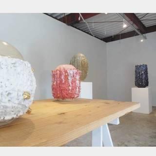 ベナン系フランス人陶芸家の「信楽焼」【アフリカ現代美術シリーズ3】